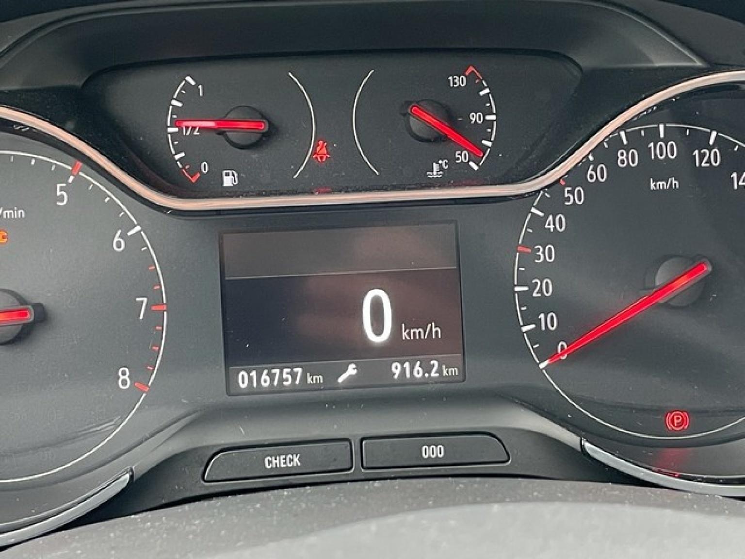 Opel-Crossland X-20